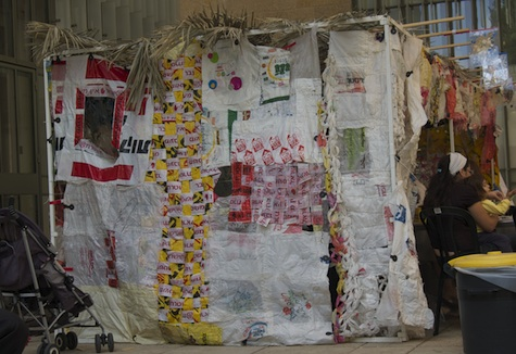Sukkah made of recycled materials
