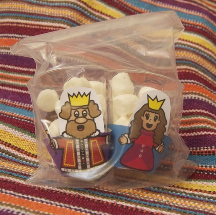 Mini! Purim Character Cupcake Wrappers - Click Image to Close
