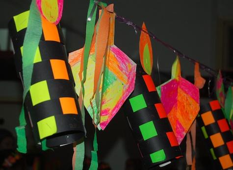 Hanukkah kid craft decorations