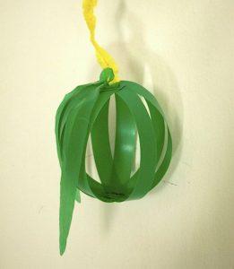Sukkot hanging apple