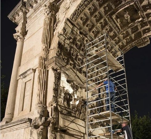 Ultra Violet Spectometry scans were performed during the day and at night, arch of titus digitization project via birkat chaverim. Images courtesy Professor Fine, Yeshiva University
