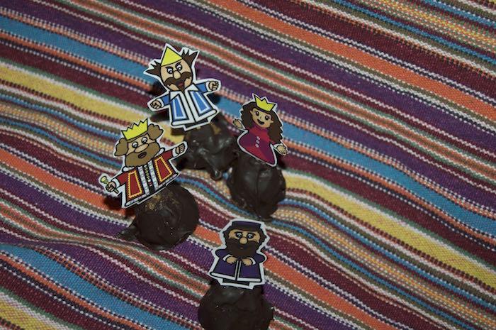 Purim cake pops image