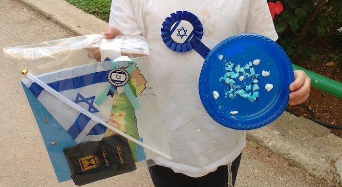 Marshmallow flag and other stuff for Yom Haatzmaut via Birkat Chaverim